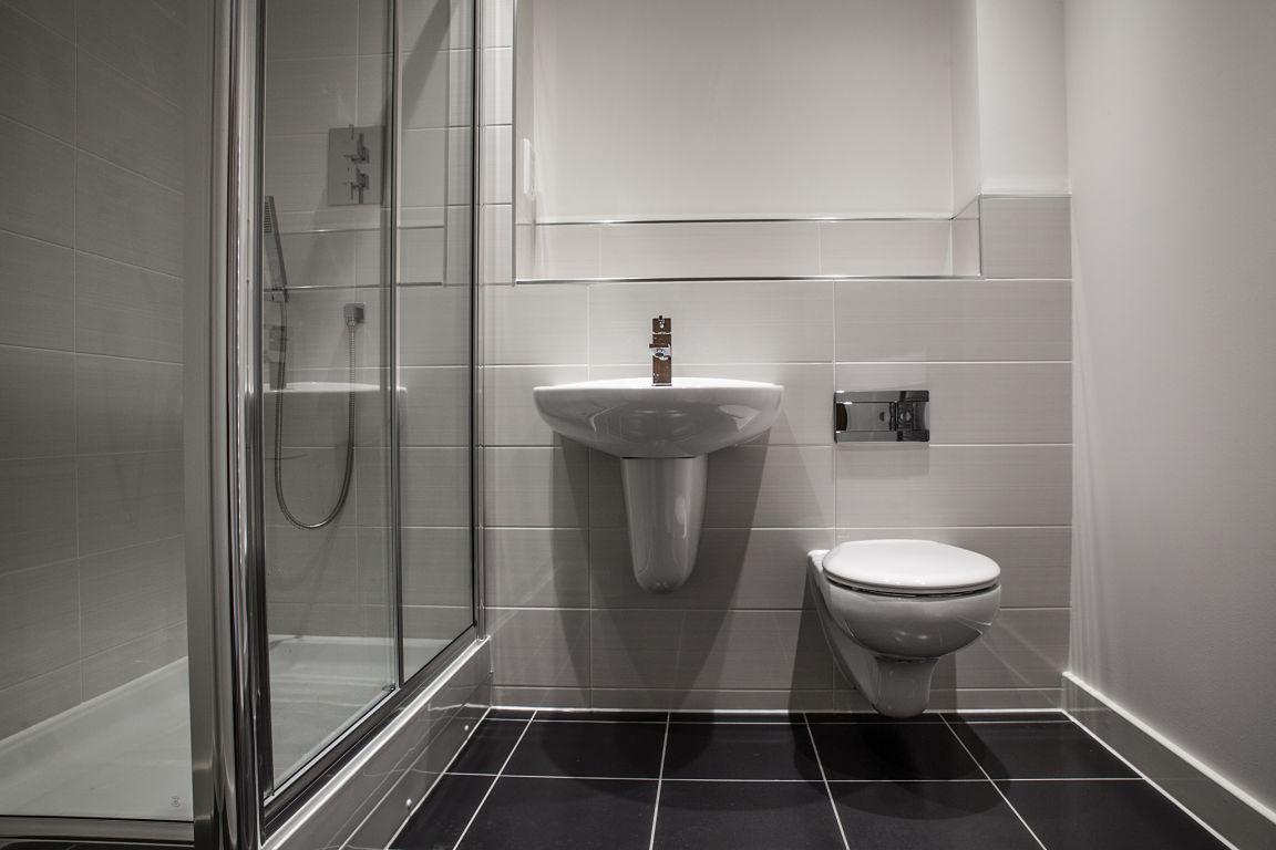 Complete Badkamer Cabine : Complete badkamers van de laar installatietechniek son en breugel